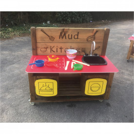 Mud Kitchen and Messy Zone